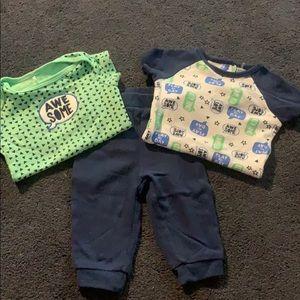3 piece set. 2 onesies & pants